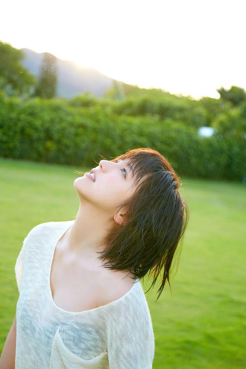 真野恵里菜のビキニ姿が可愛い高画質グラビア画像 43