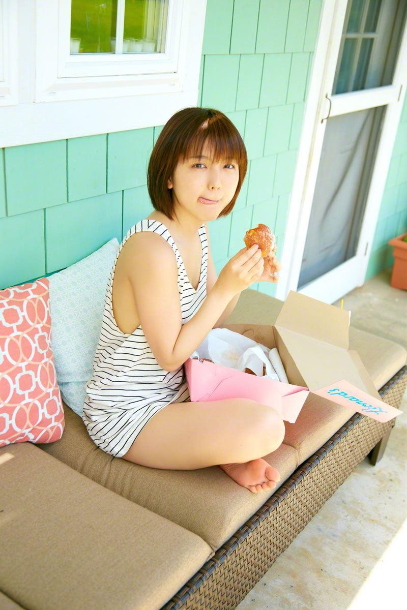 真野恵里菜のビキニ姿が可愛い高画質グラビア画像 64