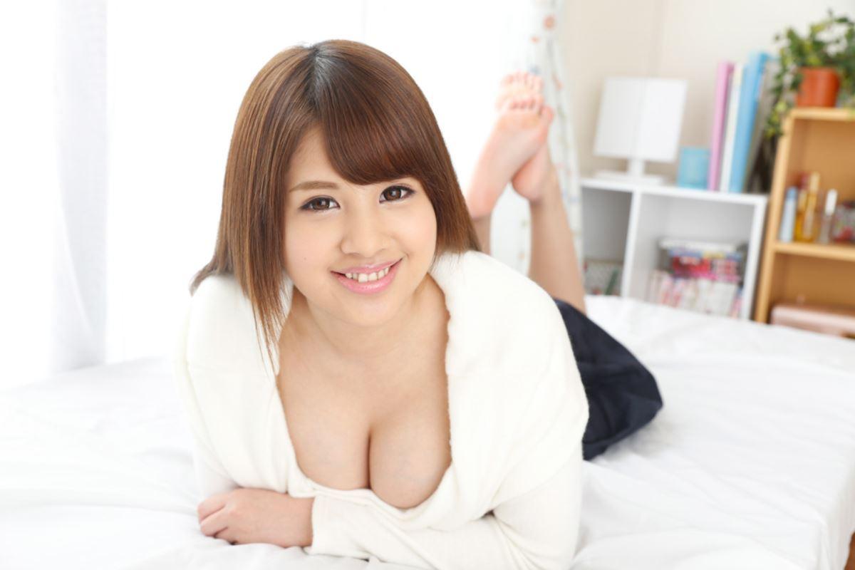 乳首と乳輪が卑猥な美涼りなセックス画像 35