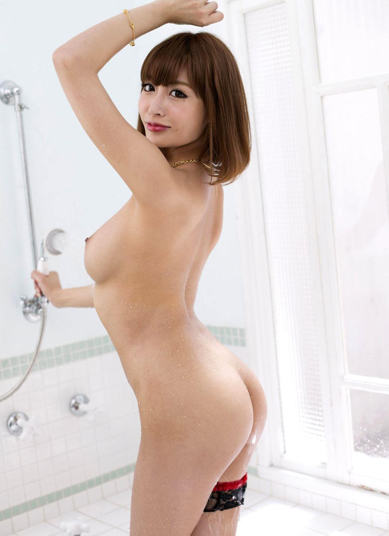 伊野尾慧との密会デートが話題な明日花キララのヌード画像 30