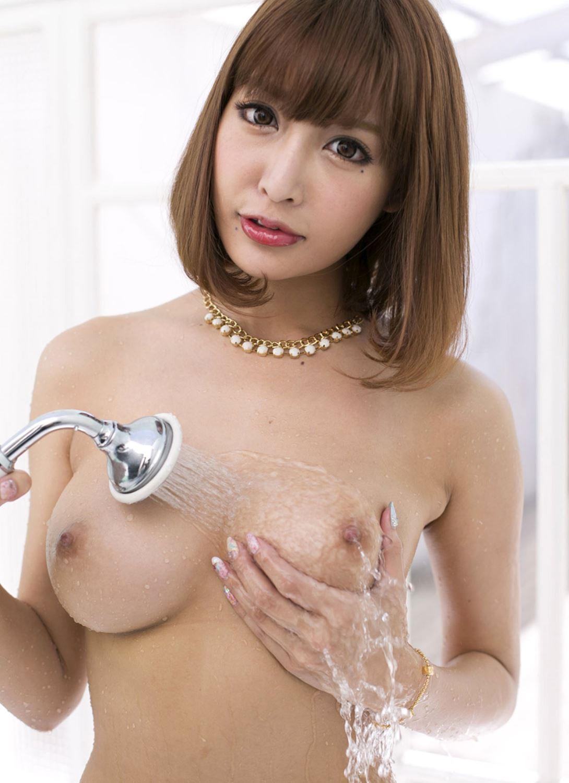伊野尾慧との密会デートが話題な明日花キララのヌード画像 38