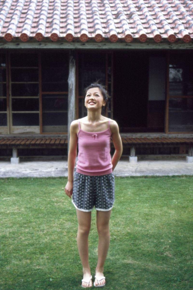 久住小春のセーラー服や体育着姿が可愛いエロ画像 18