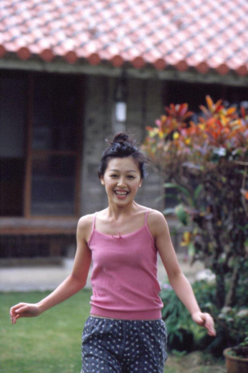 久住小春のセーラー服や体育着姿が可愛いエロ画像 20