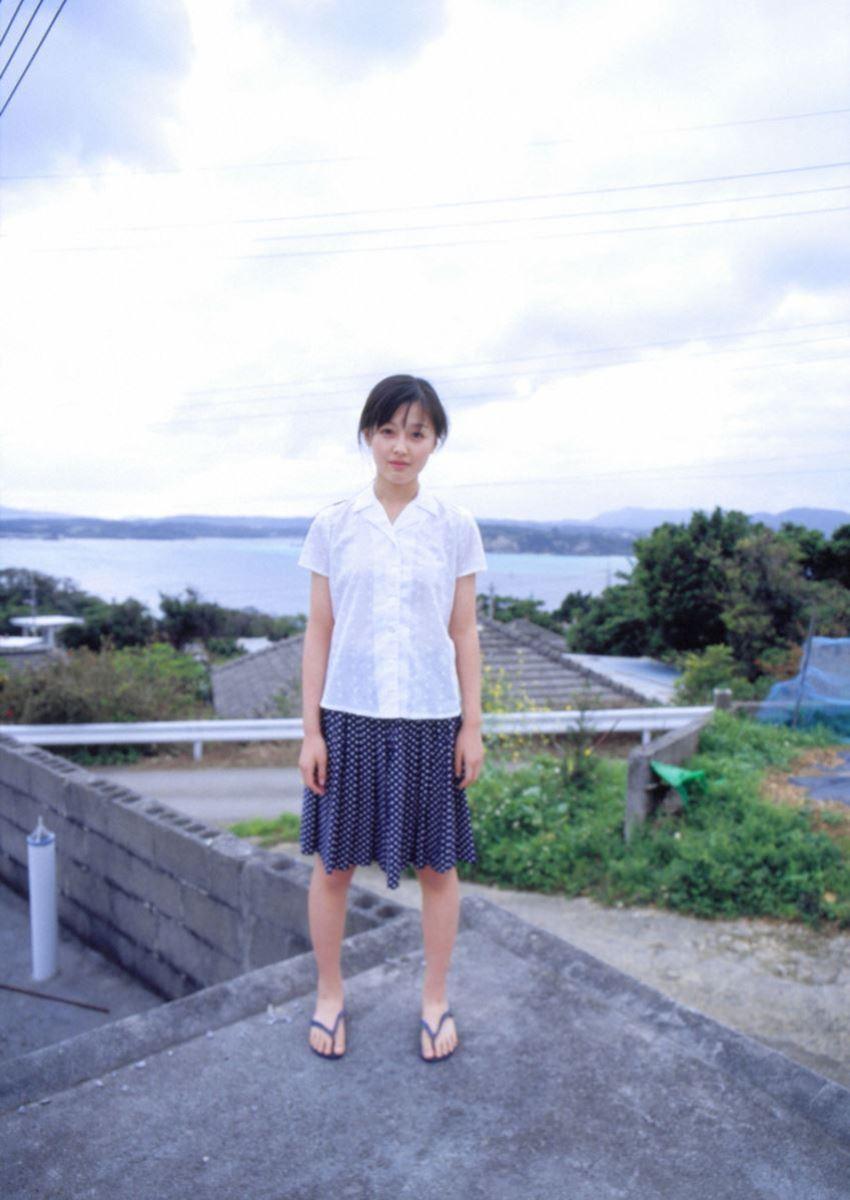 久住小春のセーラー服や体育着姿が可愛いエロ画像 69