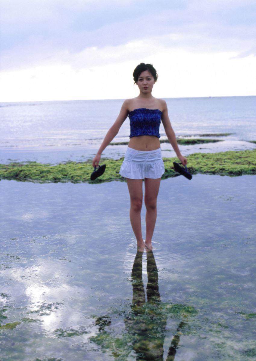 久住小春のセーラー服や体育着姿が可愛いエロ画像 76