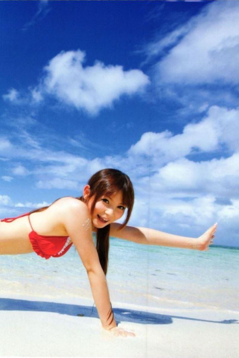 中川翔子の水着写真集「ギザ10」画像 23