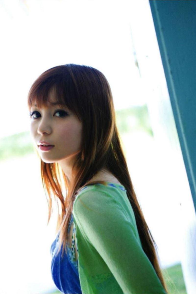 中川翔子の水着写真集「ギザ10」画像 30
