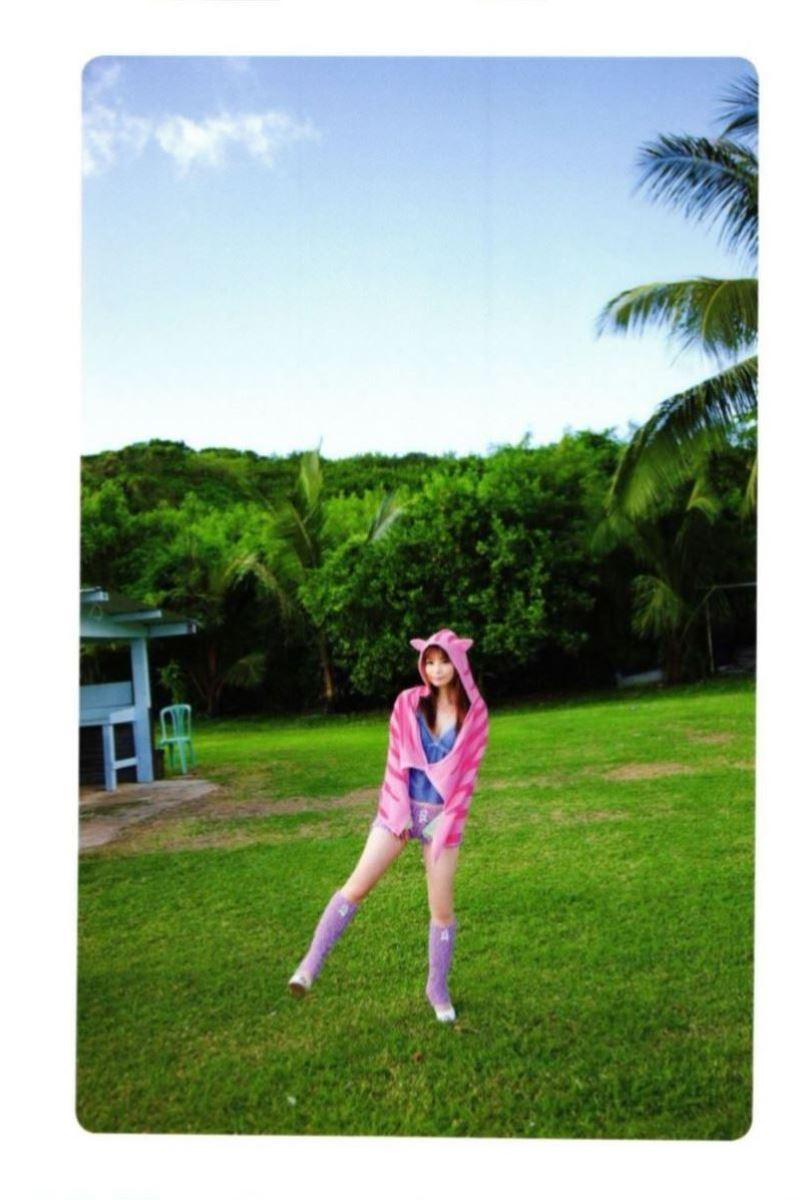 中川翔子の水着写真集「ギザ10」画像 34
