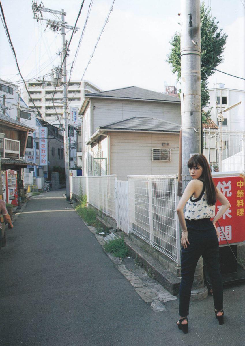 西野七瀬の水着写真集「普段着」エロ画像 34