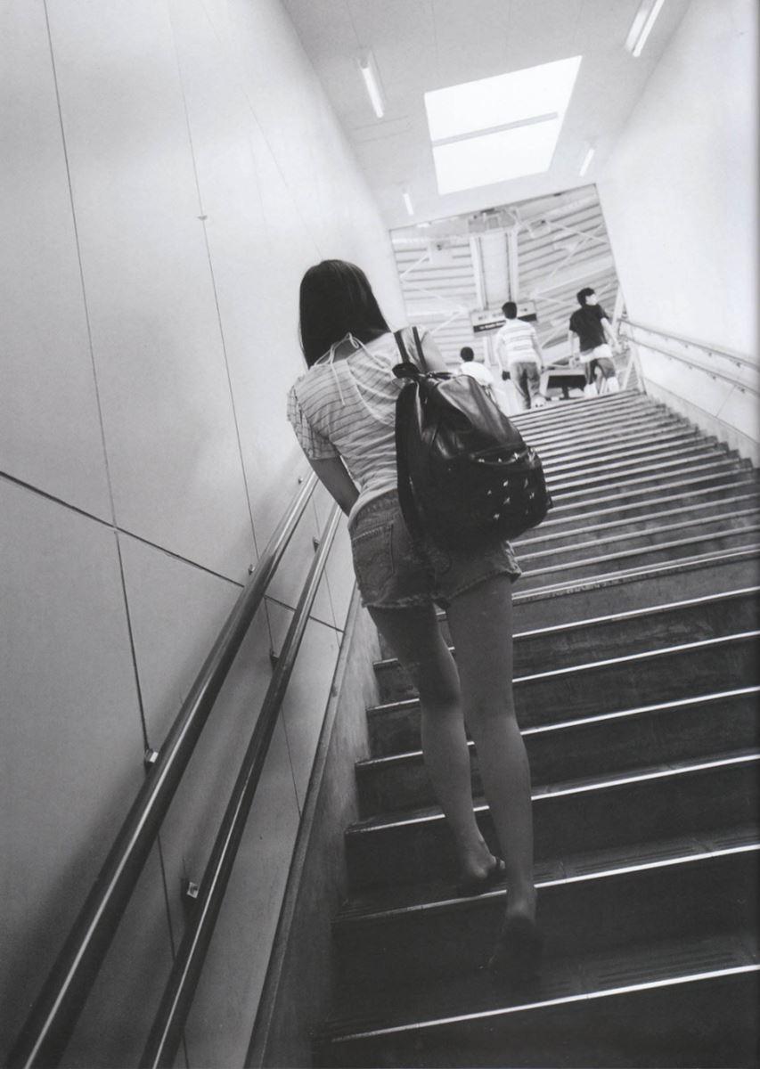 西野七瀬の水着写真集「普段着」エロ画像 38