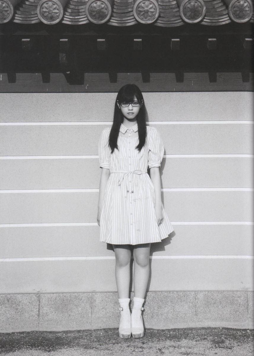 西野七瀬の水着写真集「普段着」エロ画像 46