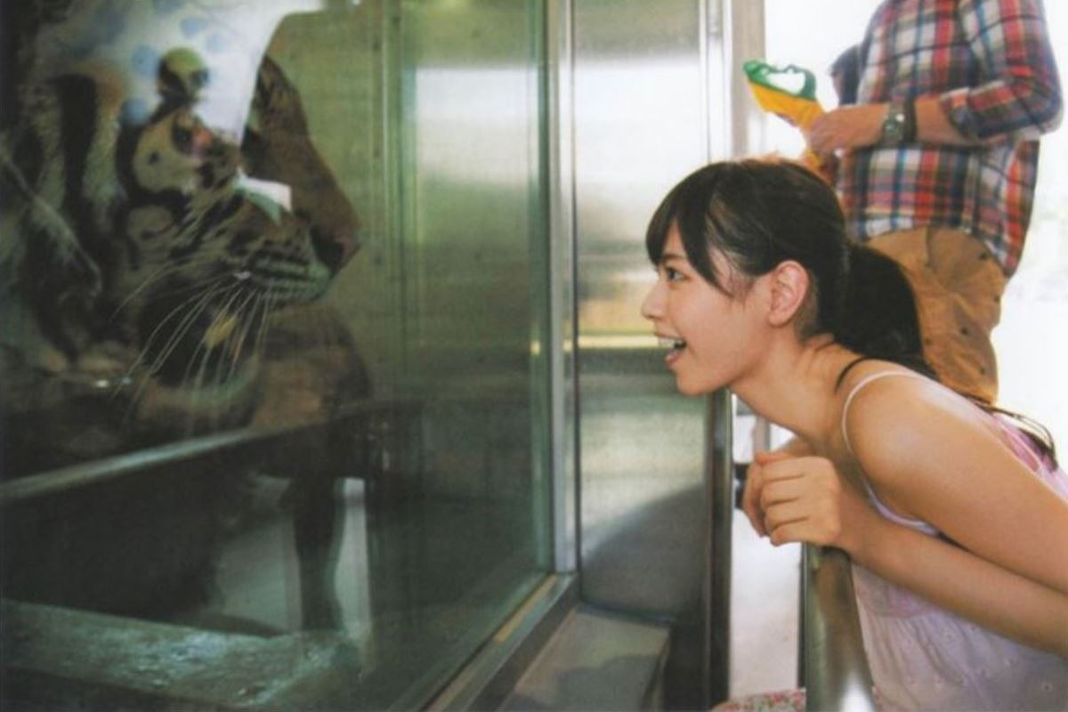 西野七瀬の水着写真集「普段着」エロ画像 52