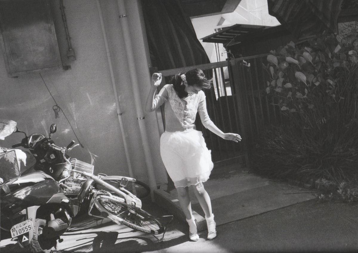 西野七瀬の水着写真集「普段着」エロ画像 89
