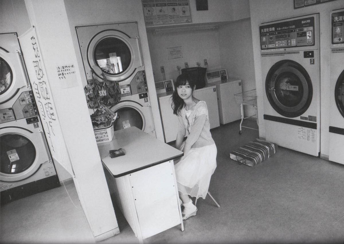 西野七瀬の水着写真集「普段着」エロ画像 93