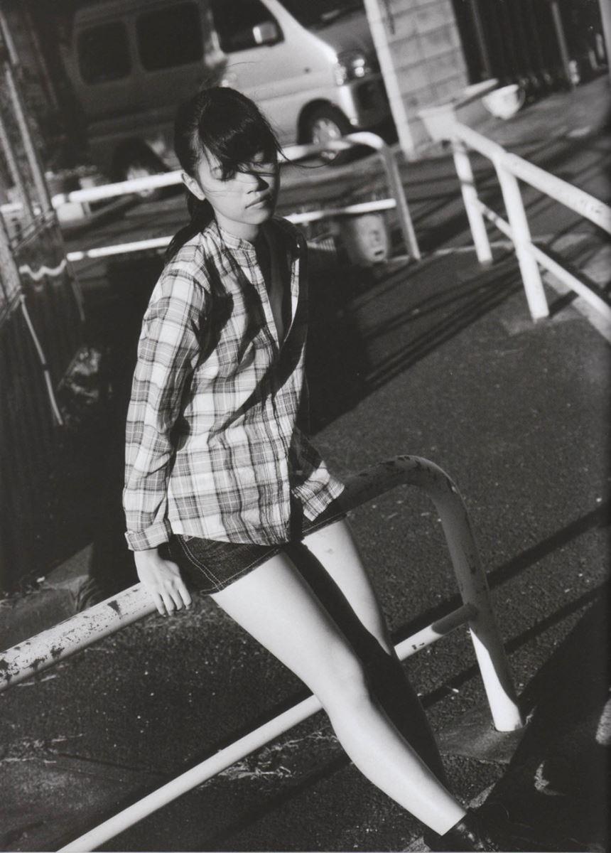 西野七瀬の水着写真集「普段着」エロ画像 107