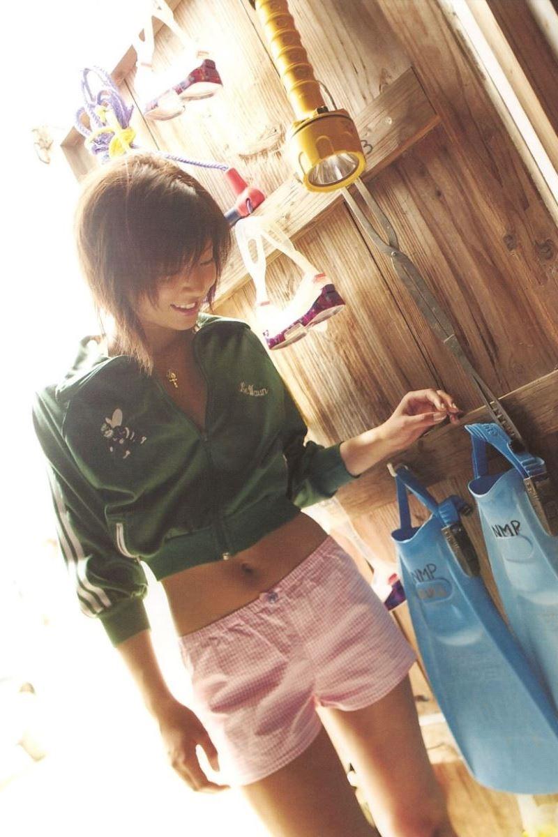 安田美沙子 水着グラビア写真集「ナマミサ」画像 40