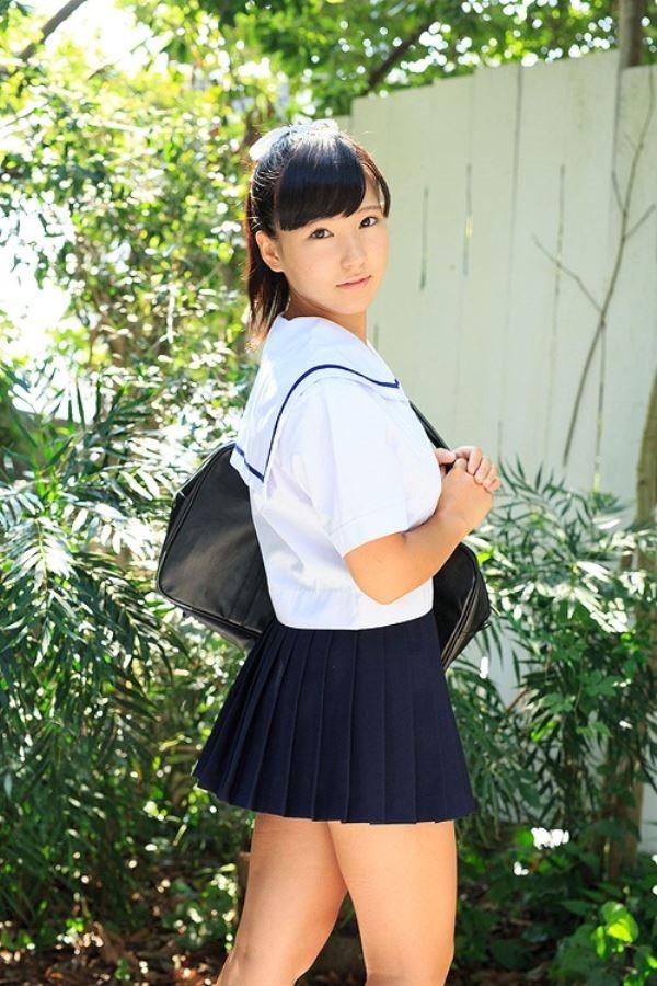 篠崎もも(桃瀬りか)人気ジュニアアイドルのAVデビュー画像 1