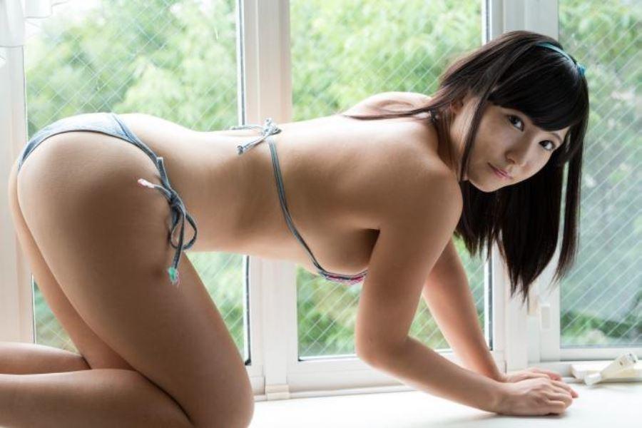 篠崎もも(桃瀬りか)人気ジュニアアイドルのAVデビュー画像 13