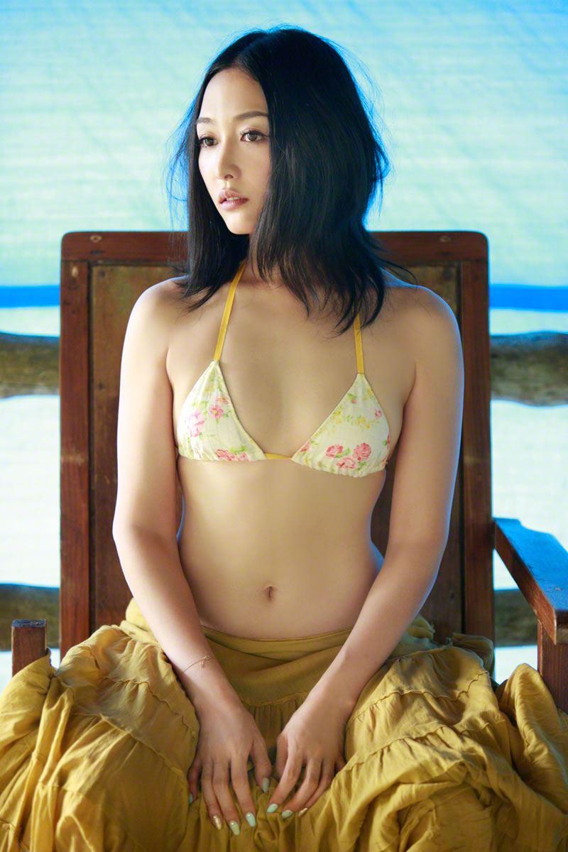 杏さゆり 手ぶらヌードや過激水着のエロ画像 6