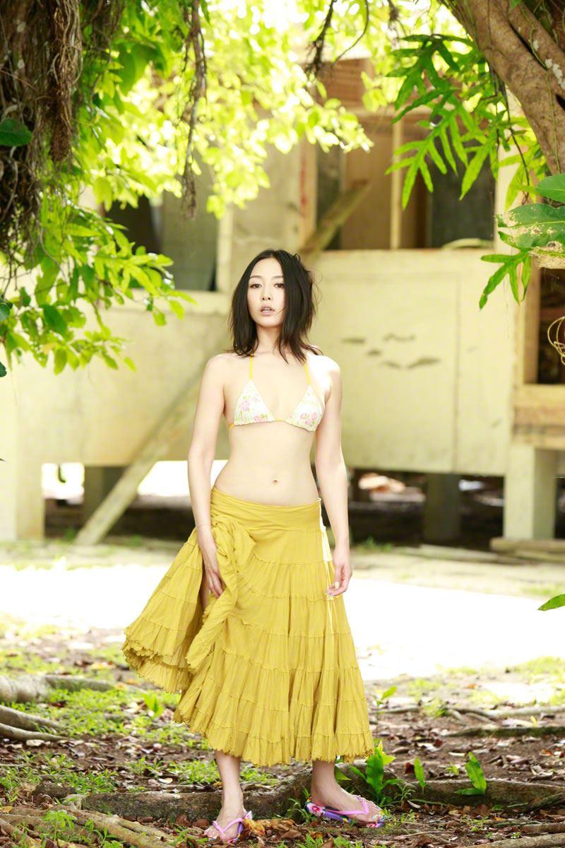 杏さゆり 手ぶらヌードや過激水着のエロ画像 8