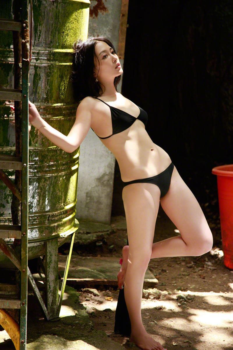 杏さゆり 手ぶらヌードや過激水着のエロ画像 73