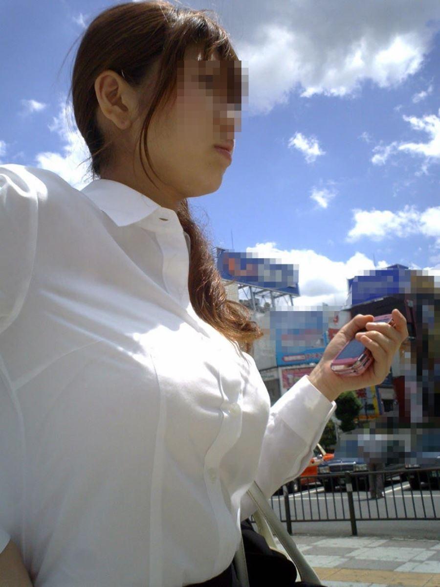 巨乳素人 街撮り 着衣おっぱい画像 39