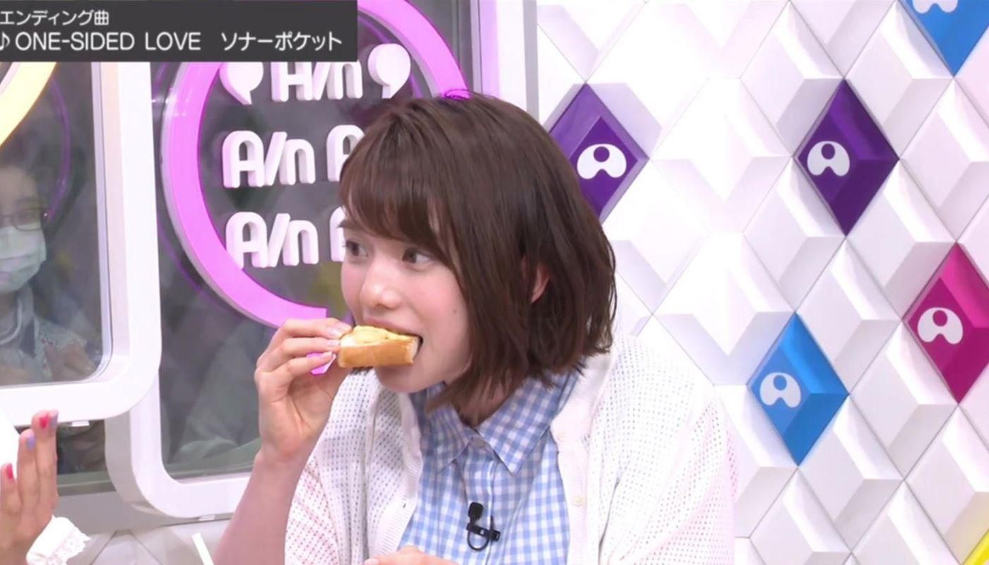 女子アナやアイドルの芸能人フェラ顔・疑似フェラ画像 14