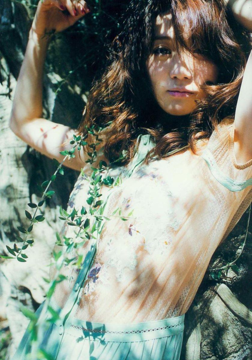 大島優子のオカズ写真集「脱ぎやがれ!」画像 10