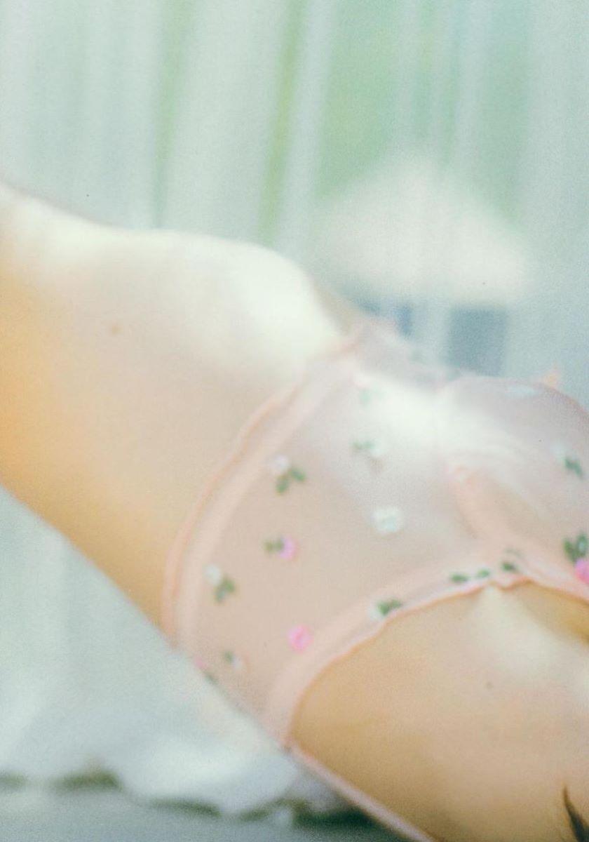 大島優子のオカズ写真集「脱ぎやがれ!」画像 22