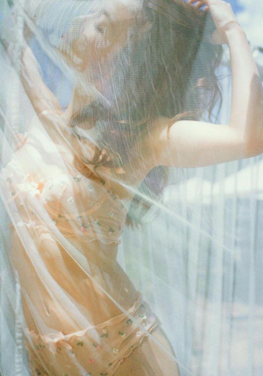 大島優子のオカズ写真集「脱ぎやがれ!」画像 34