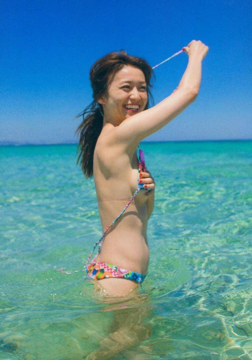 大島優子のオカズ写真集「脱ぎやがれ!」画像 65