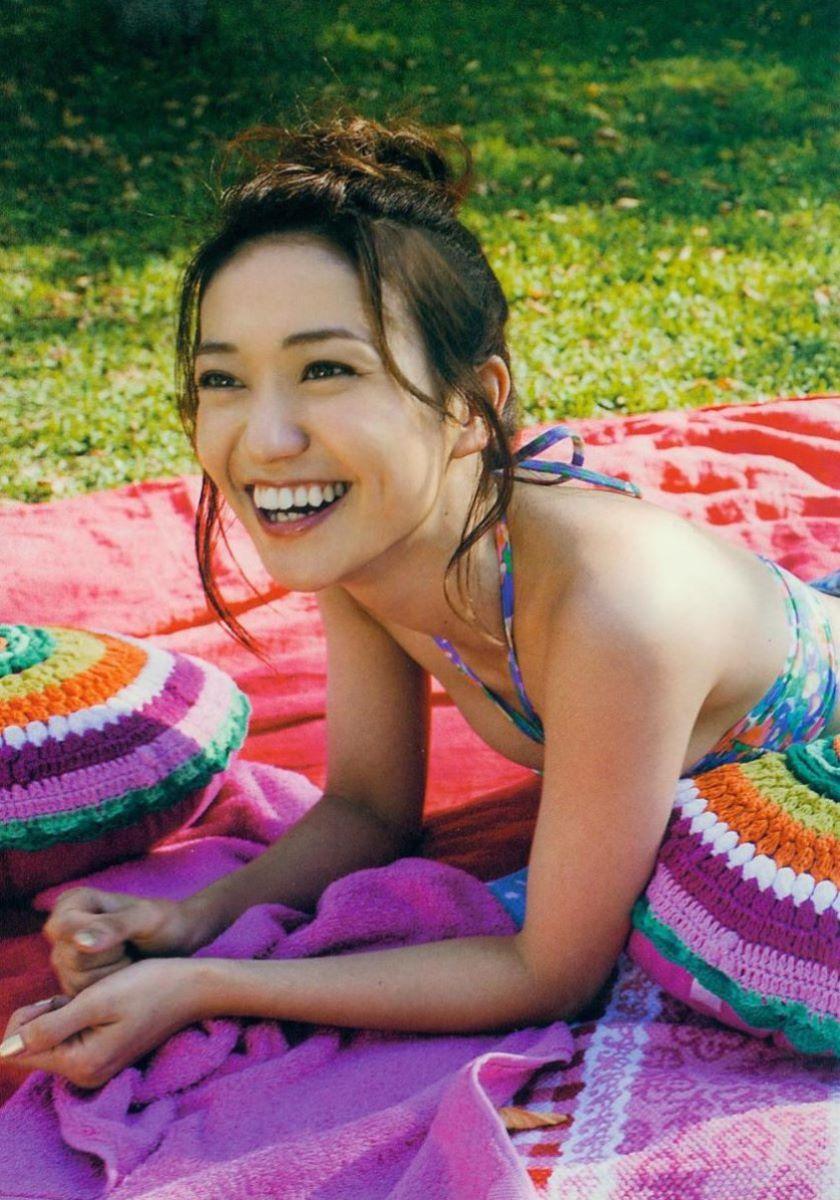 大島優子のオカズ写真集「脱ぎやがれ!」画像 92