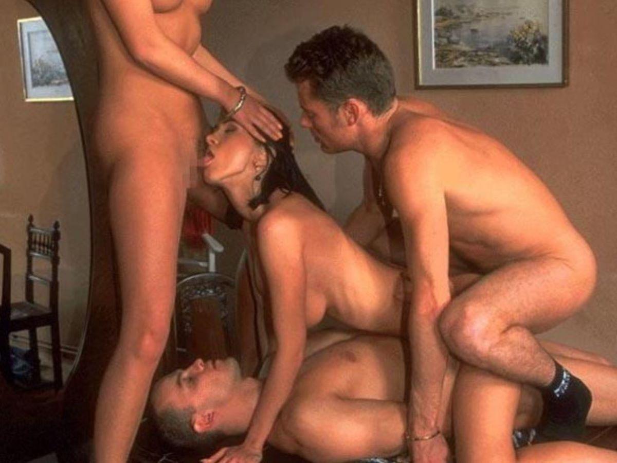海外の乱交パーティー・セックス画像 81