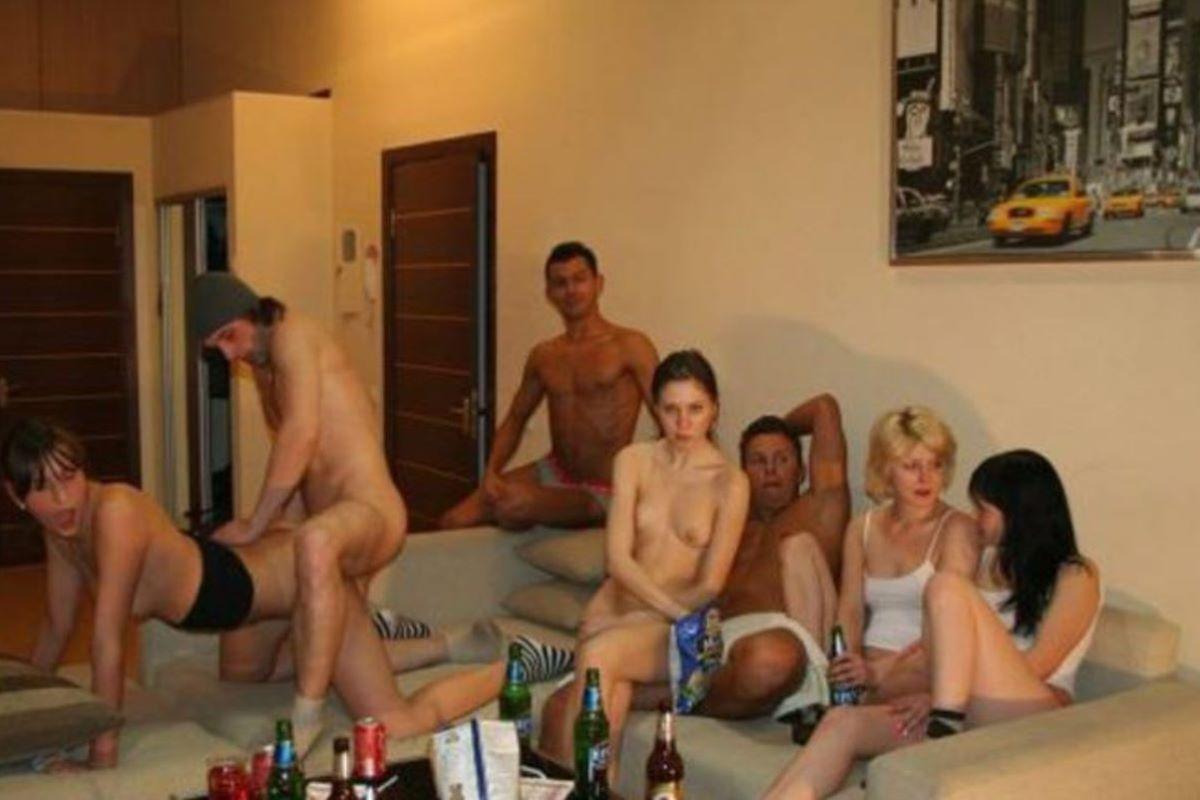 海外の乱交パーティー・セックス画像 97