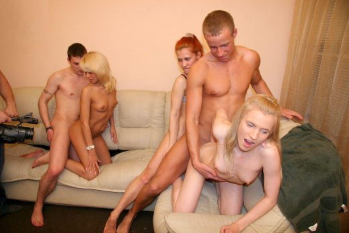 海外の乱交パーティー・セックス画像 100
