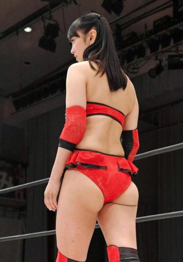 女子プロレスに参戦した脊山麻理子と鈴木奈々のハミケツ・ハミマン画像 2