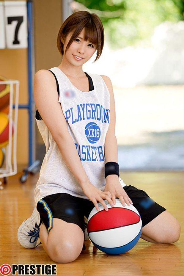 須永ひより かわいいバスケ女子のAVデビュー画像