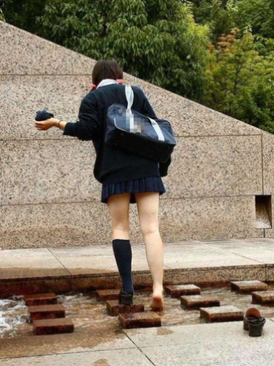 制服JK 女子高生 通学風景 画像 16