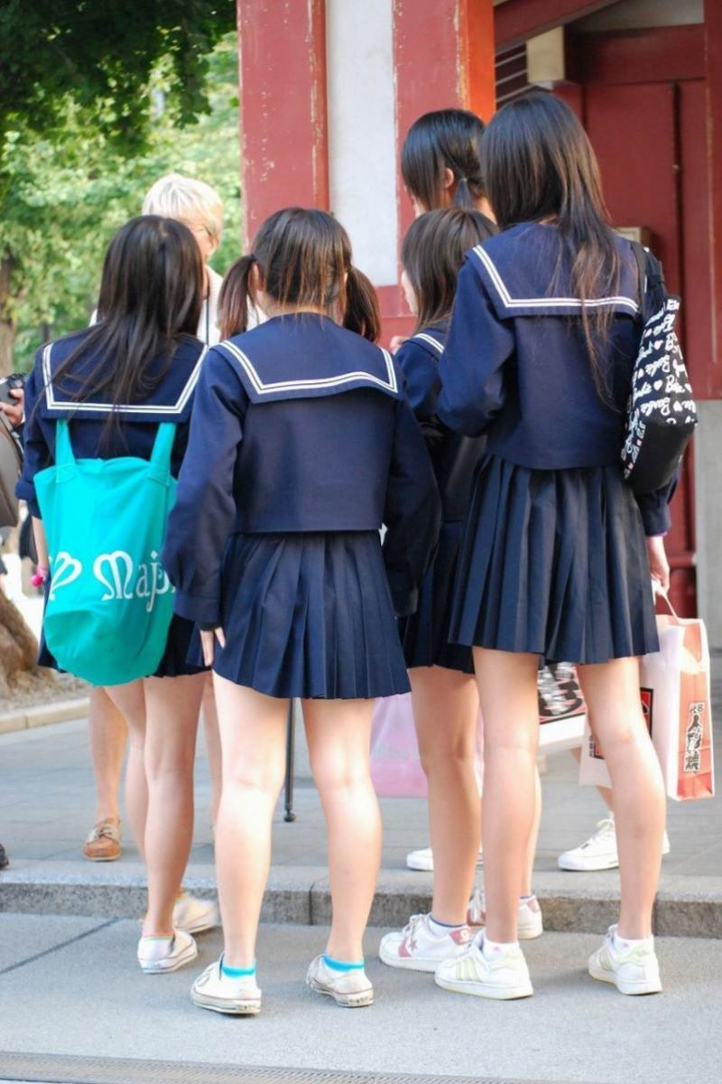 制服JK 女子高生 通学風景 画像 21