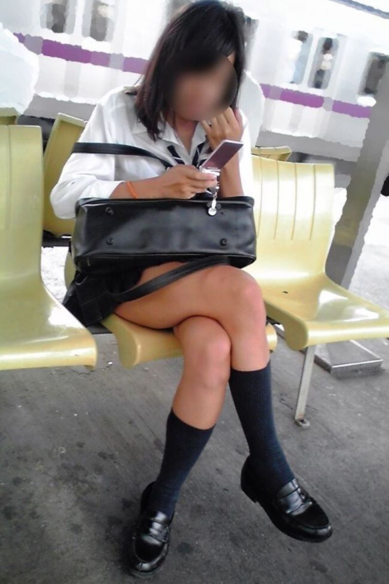 制服JK 女子高生 通学風景 画像 37