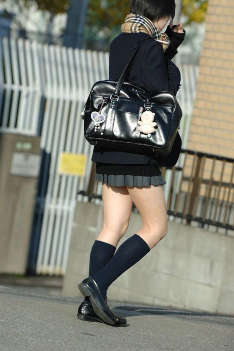 制服JK 女子高生 通学風景 画像 38