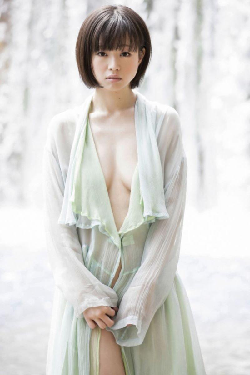 喜屋武ちあき エロ画像 57