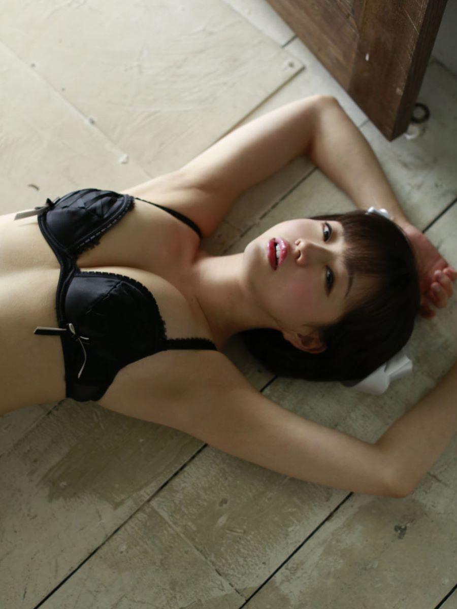 チャイナ服 喜屋武ちあき セクシー画像 48
