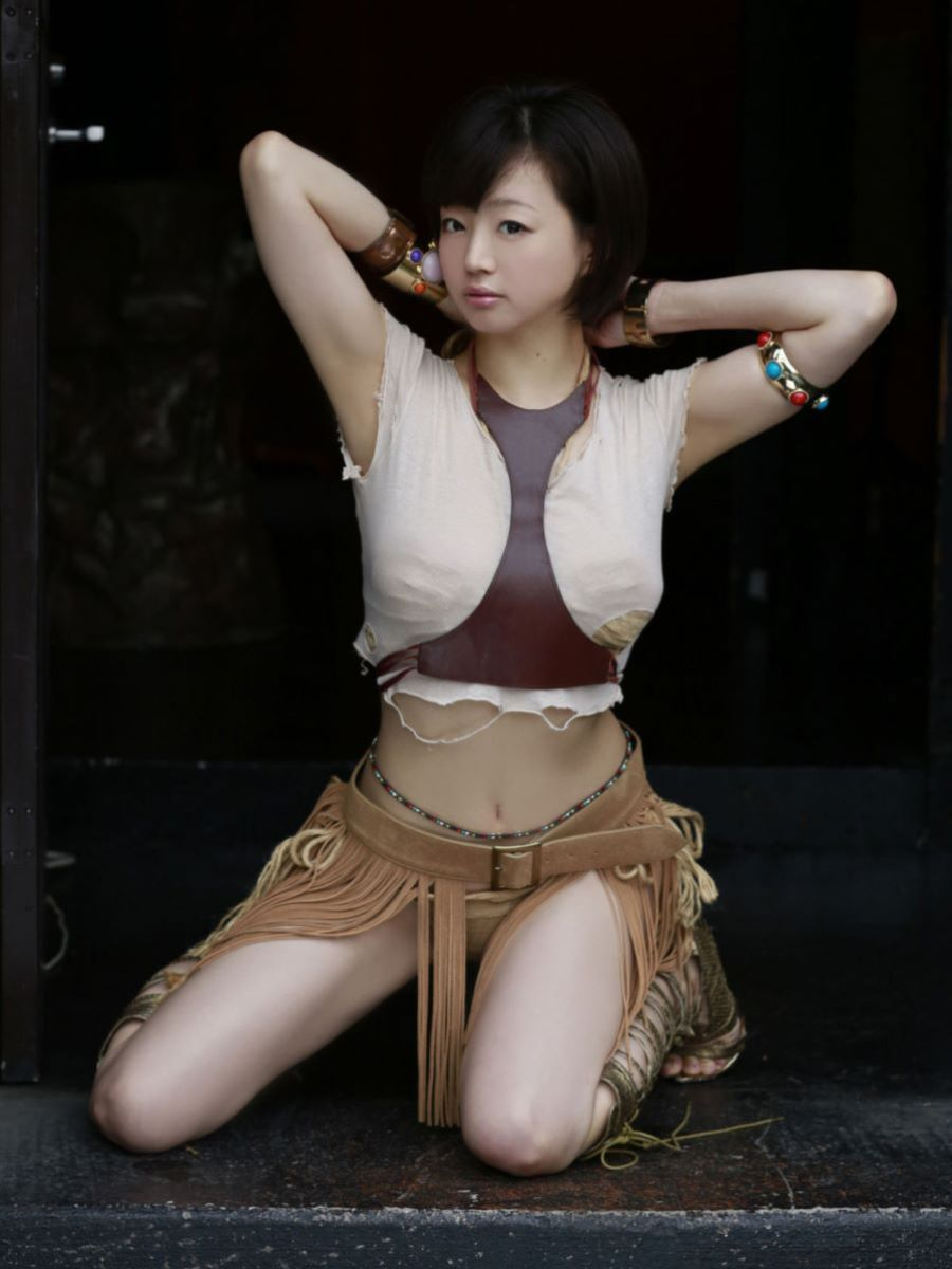 チャイナ服 喜屋武ちあき セクシー画像 54