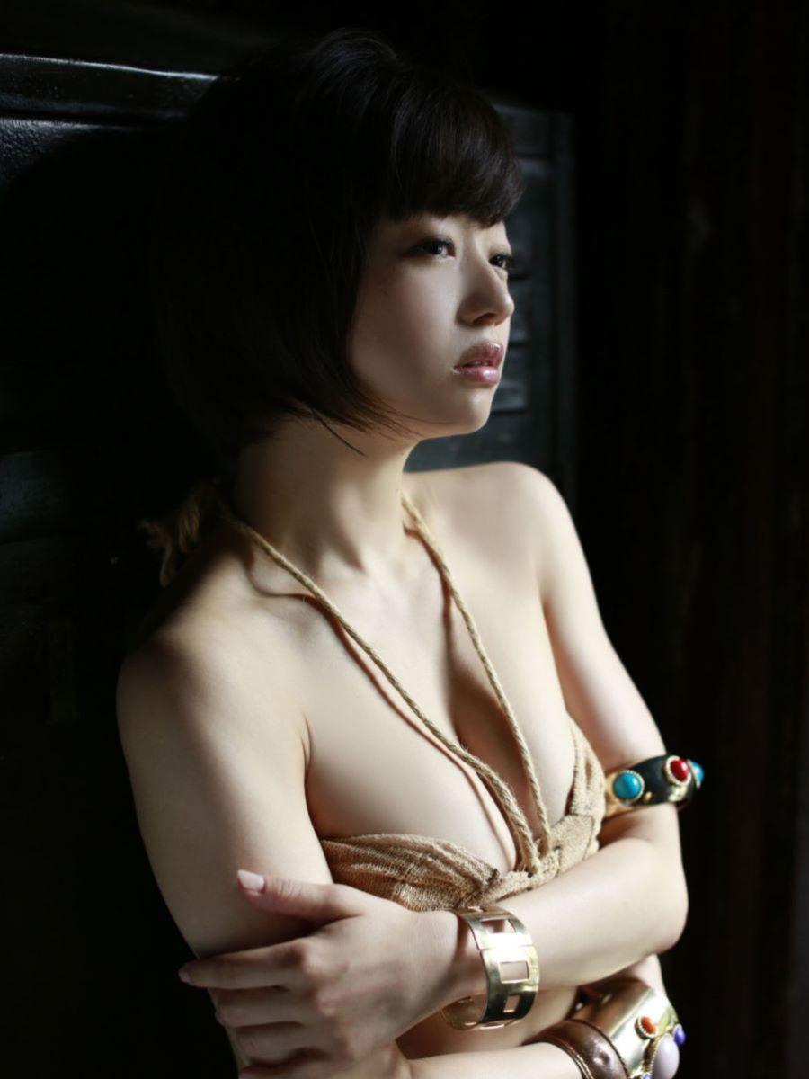 チャイナ服 喜屋武ちあき セクシー画像 66