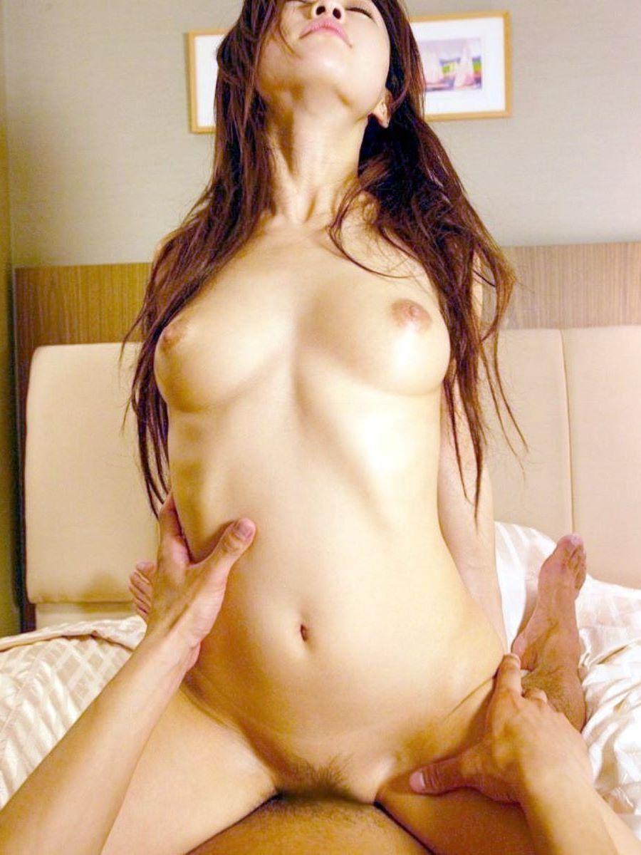 エビ反り 騎乗位 セックス画像 27