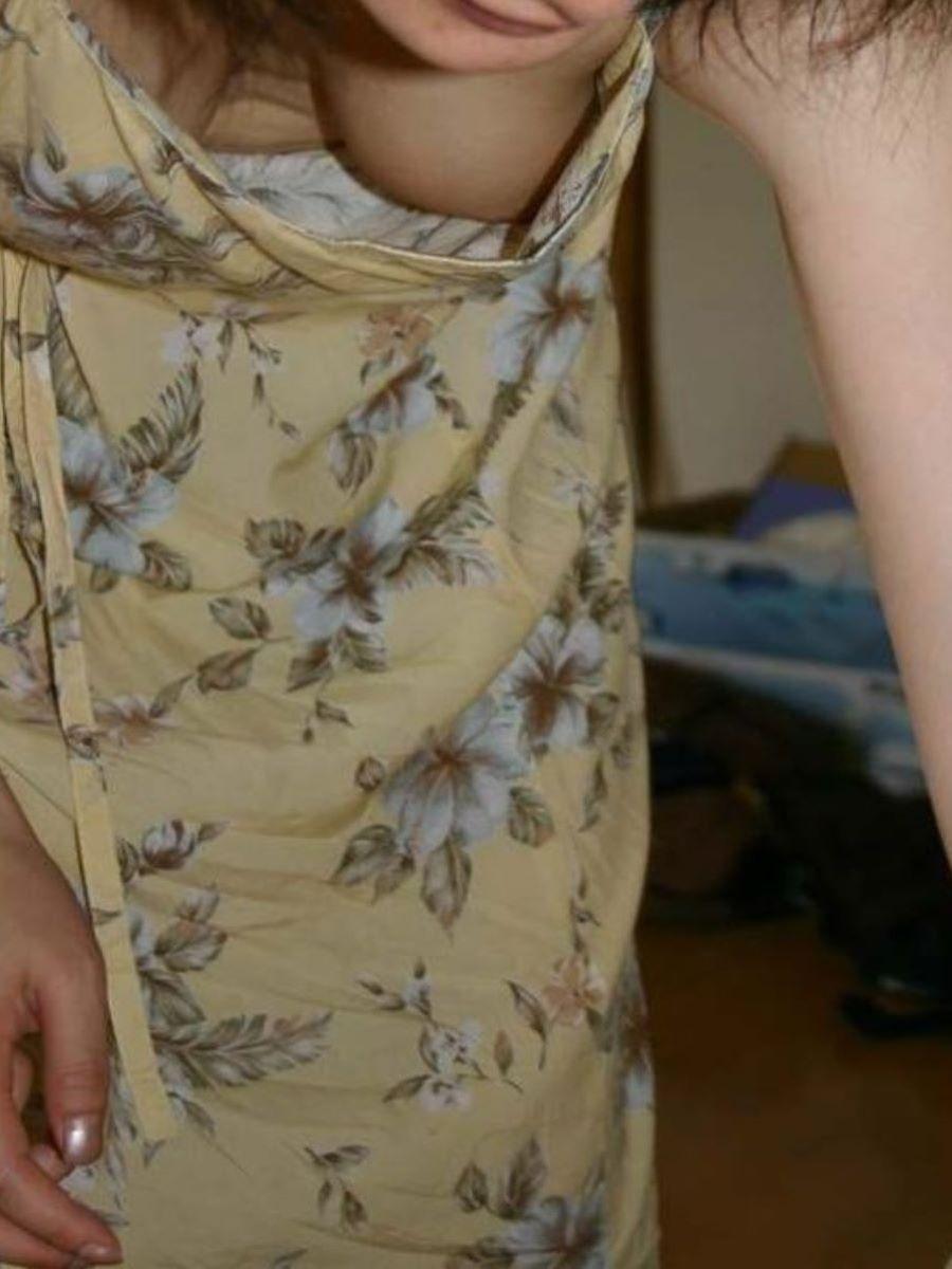 乳首ポロリ ハミ乳首 画像 65