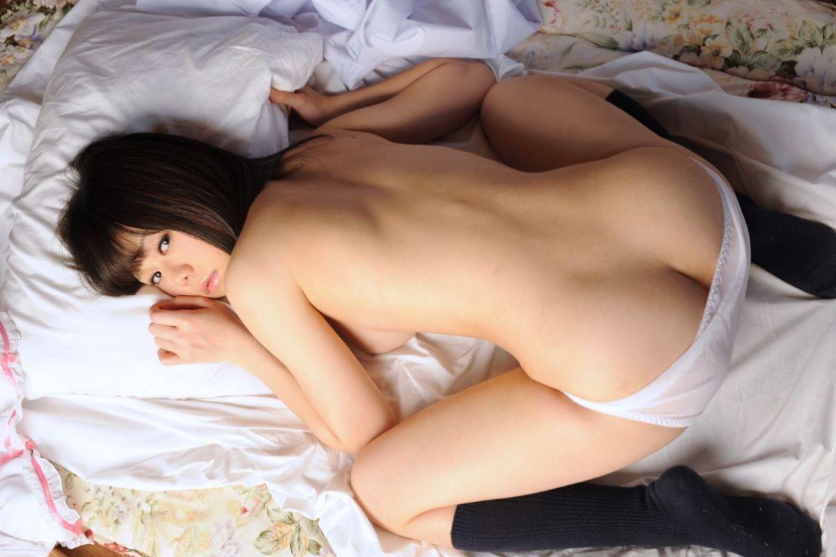 アヒル座り ぺたん座り 女の子座り エロ画像 31