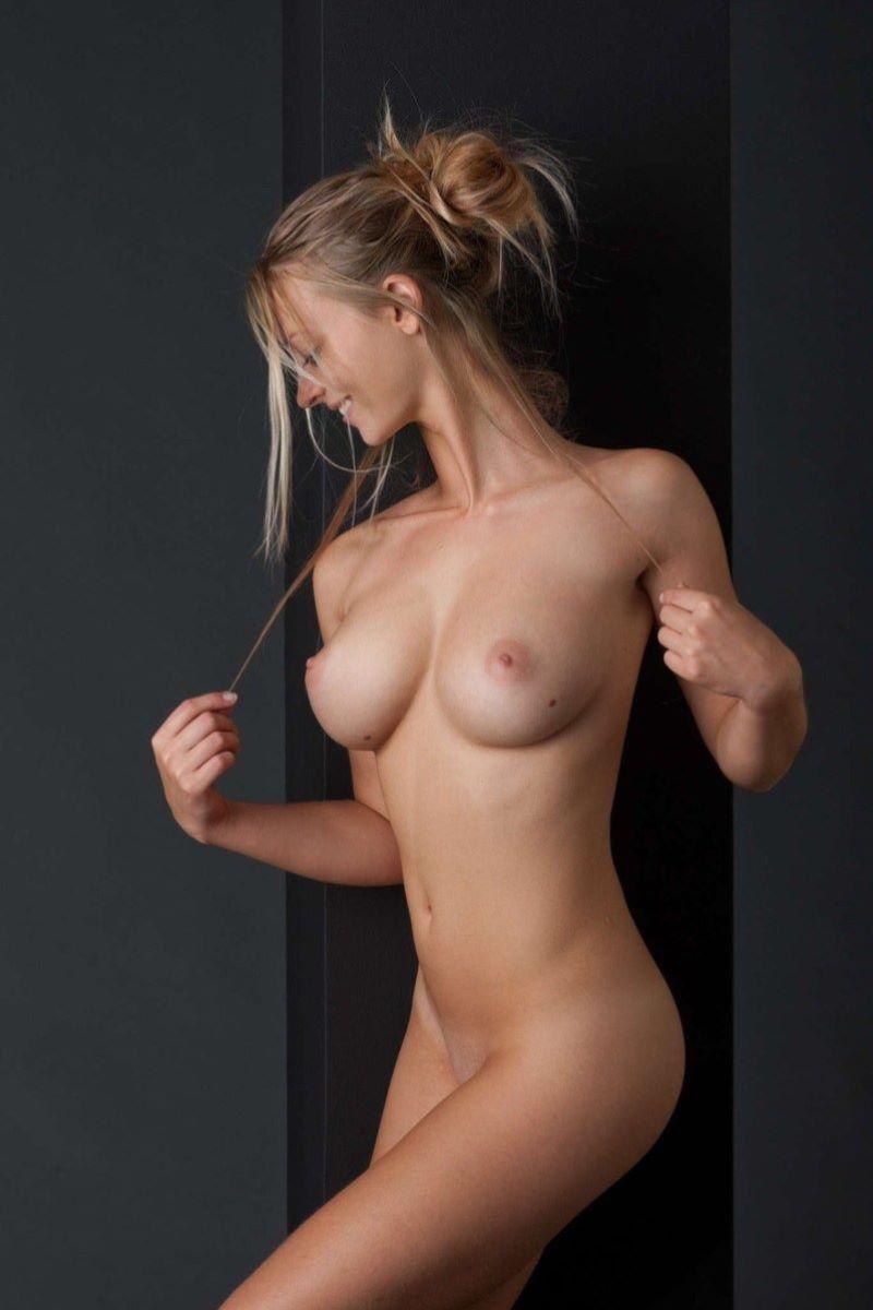 パイパン ロシア人 ヌード画像 56