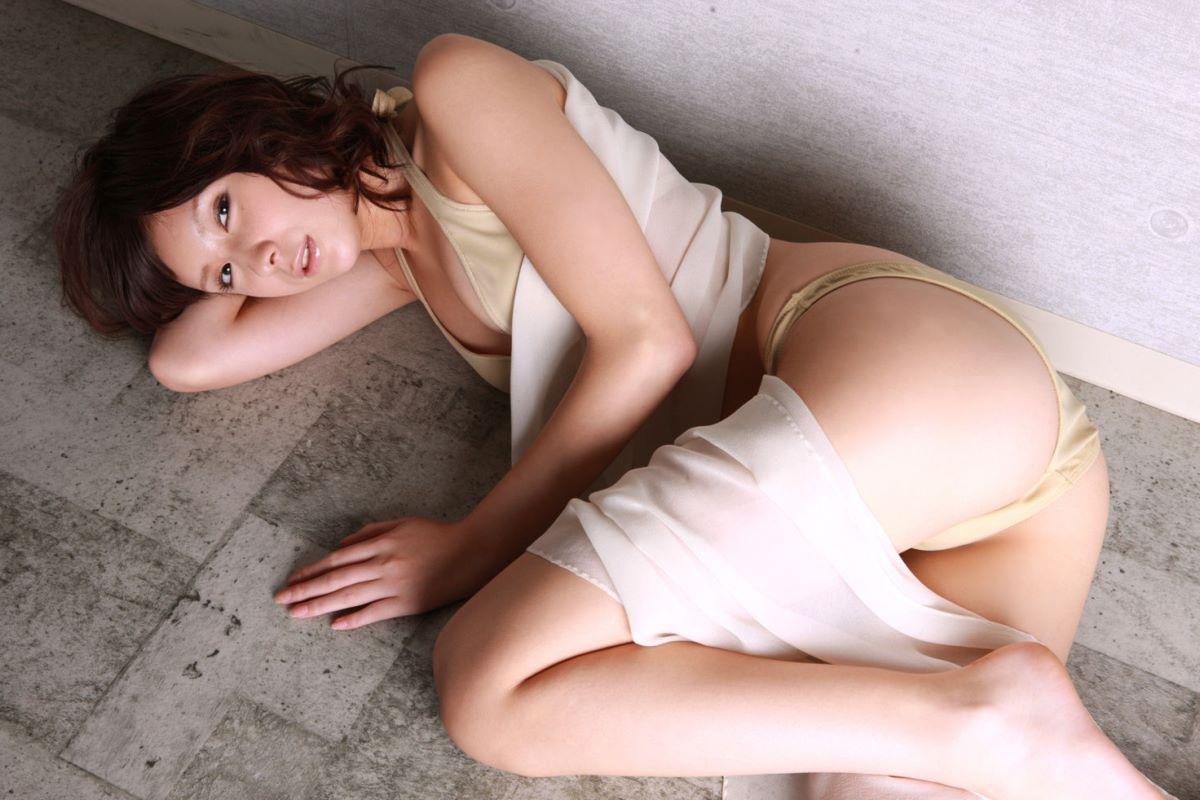 仲村みう ヌード画像 21